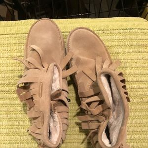 Shoes - Winter boots NEVER WORN